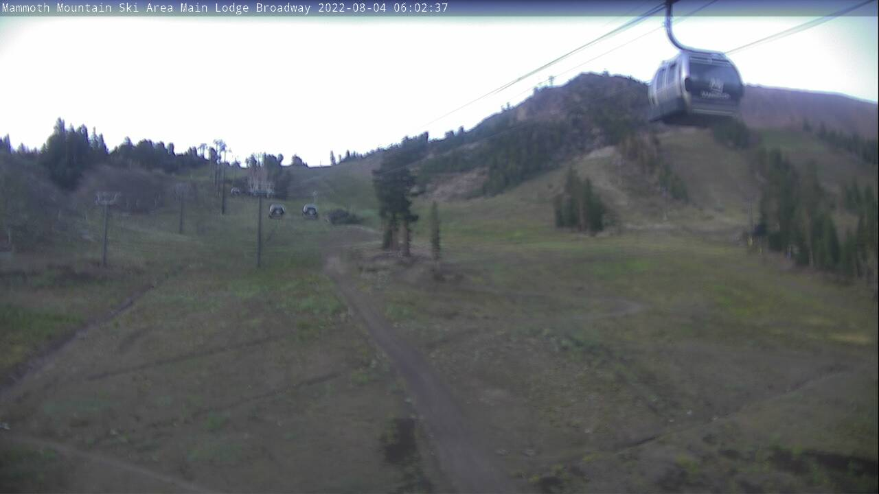 Mammoth Mountain Broadway Webcam