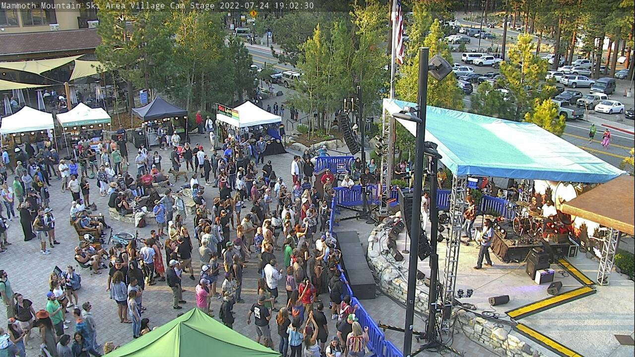 Mammoth Mountain Village Lodge Cam   Official Site